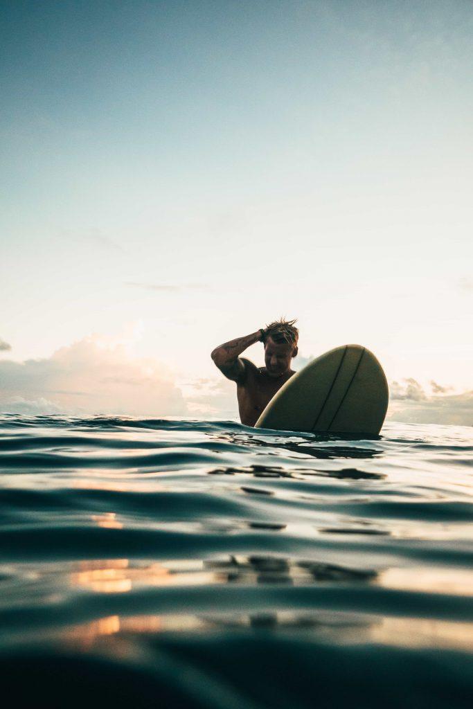 גלישת גלים ככלי לטיפול בפוסט טראומה