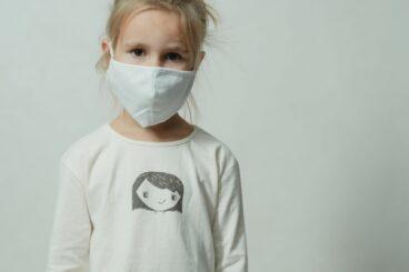 השפעות נפשיות של הקורונה על ילדים ונוער